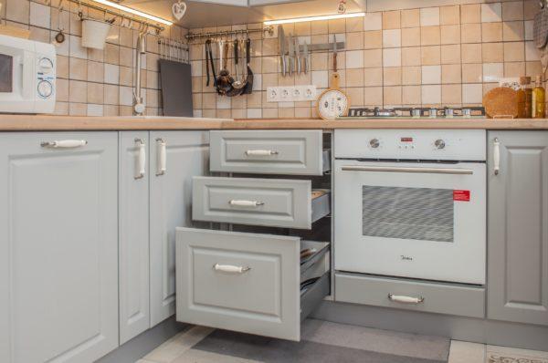Кухня №437